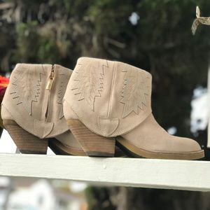 Modern Vice Blush Spirit Suede Ankle Boots
